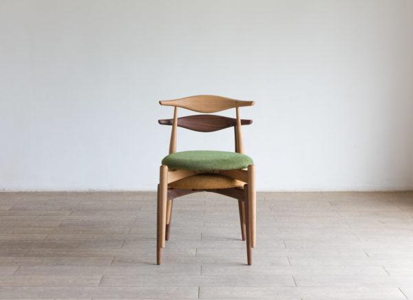 lip chair